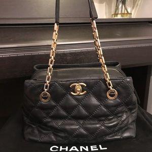 Auth CHANEL Retro Chain Shoulder Bag